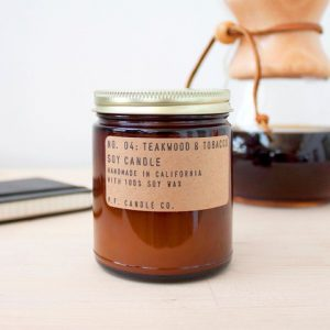 Bougie PF Candle - teakwood et tobacco